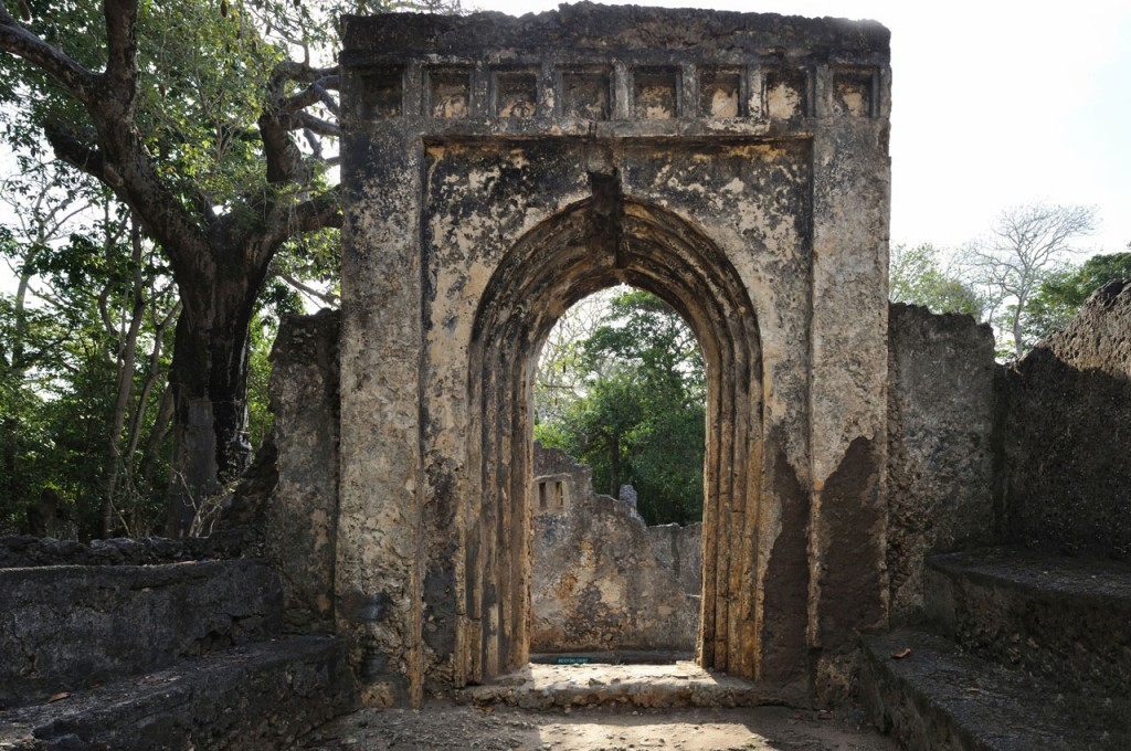 gedi-town-door-of-gedi